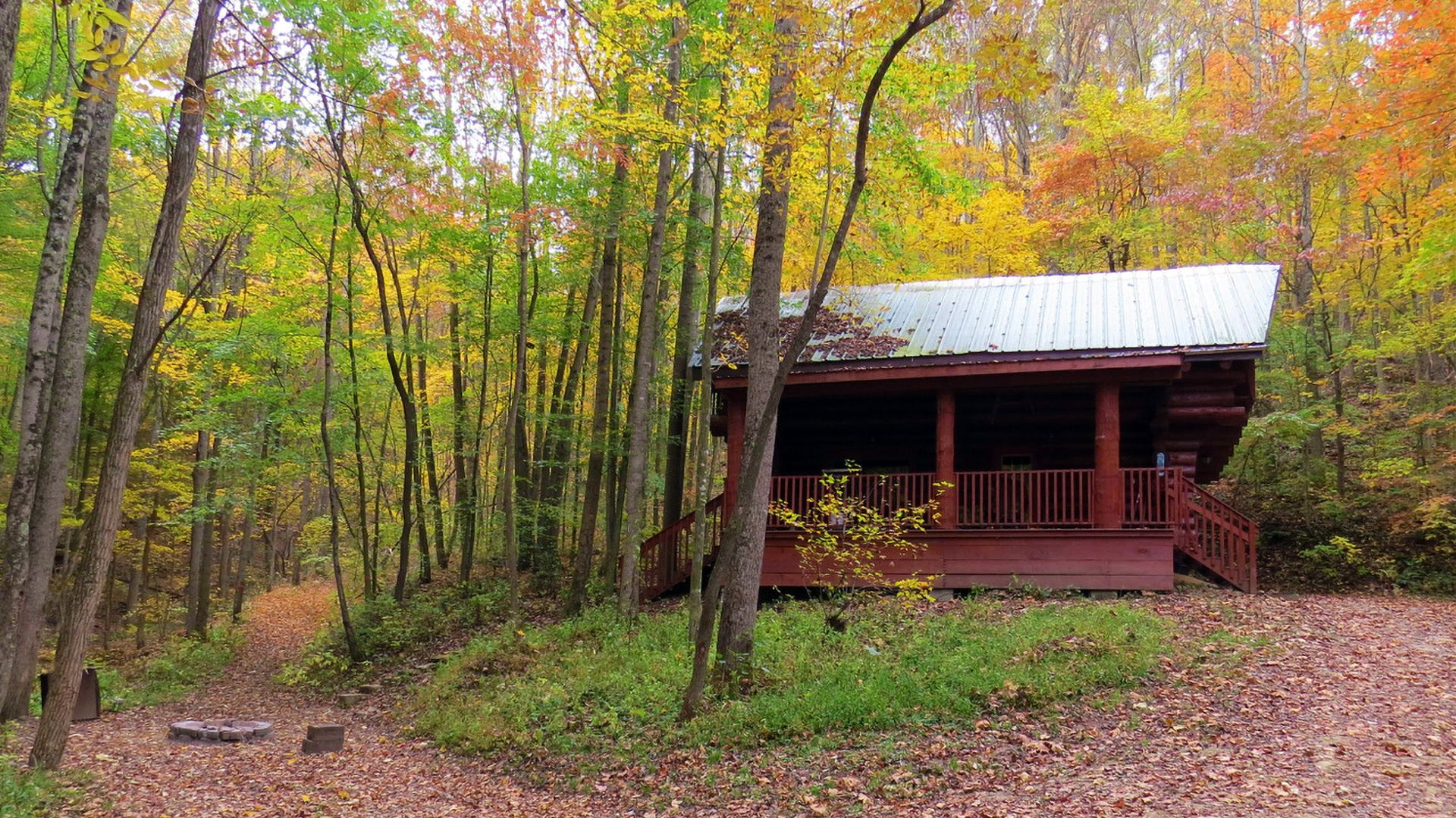 Elkins Pass Cabin in Hocking Hills